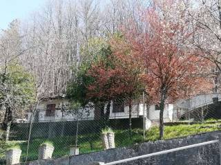 Foto - Casa indipendente via Francia, Tiglieto