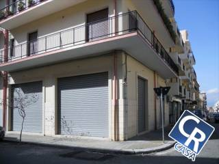 57081fd879d4f Annunci immobiliari affitto negozi e locali commerciali Reggio ...