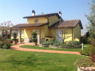 Foto - Villa unifamiliare 243 mq, Larciano