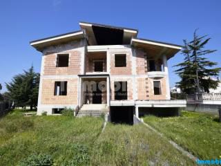 Foto - Villa unifamiliare, nuova, 450 mq, Oria