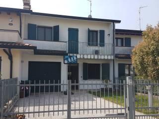 Foto - Villa a schiera via Guglielmo Oberdan, Vangadizza, Legnago