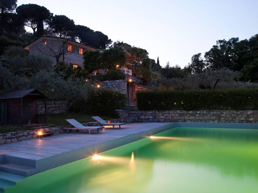 foto  Villa unifamiliare Pianello, La Spezia