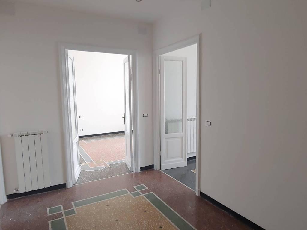 foto  3-room flat via Mansueto, Genova