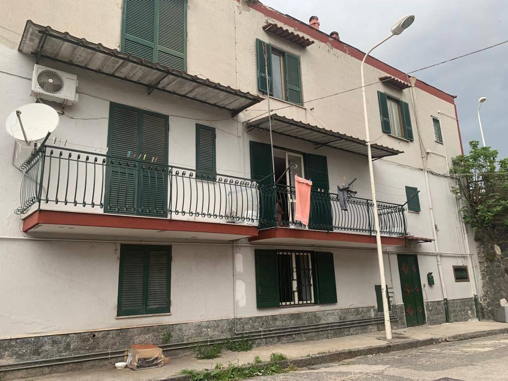 foto facciata Open space via Elena, Frattamaggiore