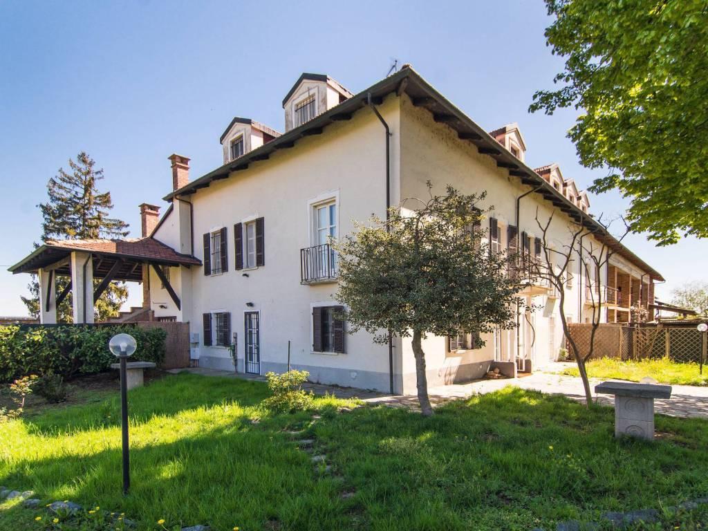 foto  Villa unifamiliare, ottimo stato, 250 mq, None