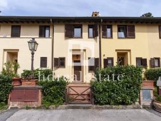 Photo - Terraced house via Santo Spirito, Castel Gandolfo