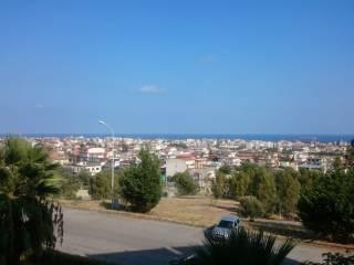 Foto - Bilocale via Ente Sila 9, Caulonia