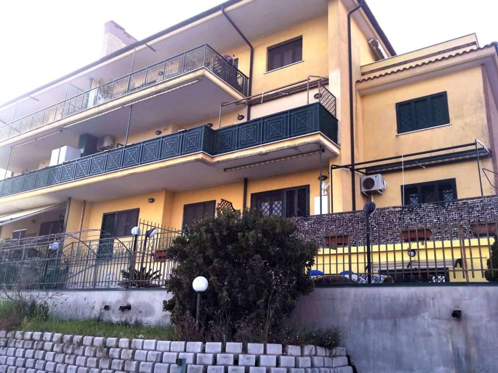 foto  Trilocale via Tor Paluzzi 123, Albano Laziale