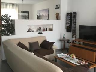 Foto - Villa a schiera 5 locali, buono stato, Lurago d'Erba