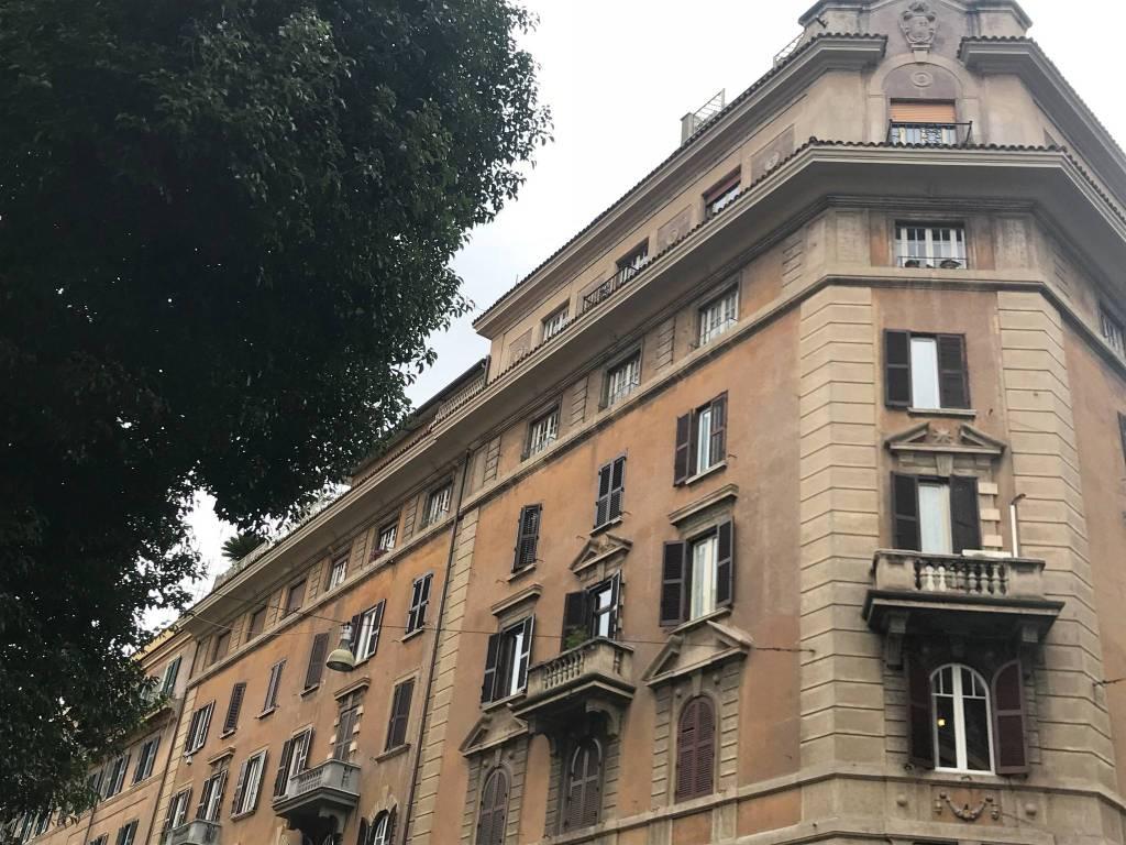 foto  Quadrilocale primo piano, Roma