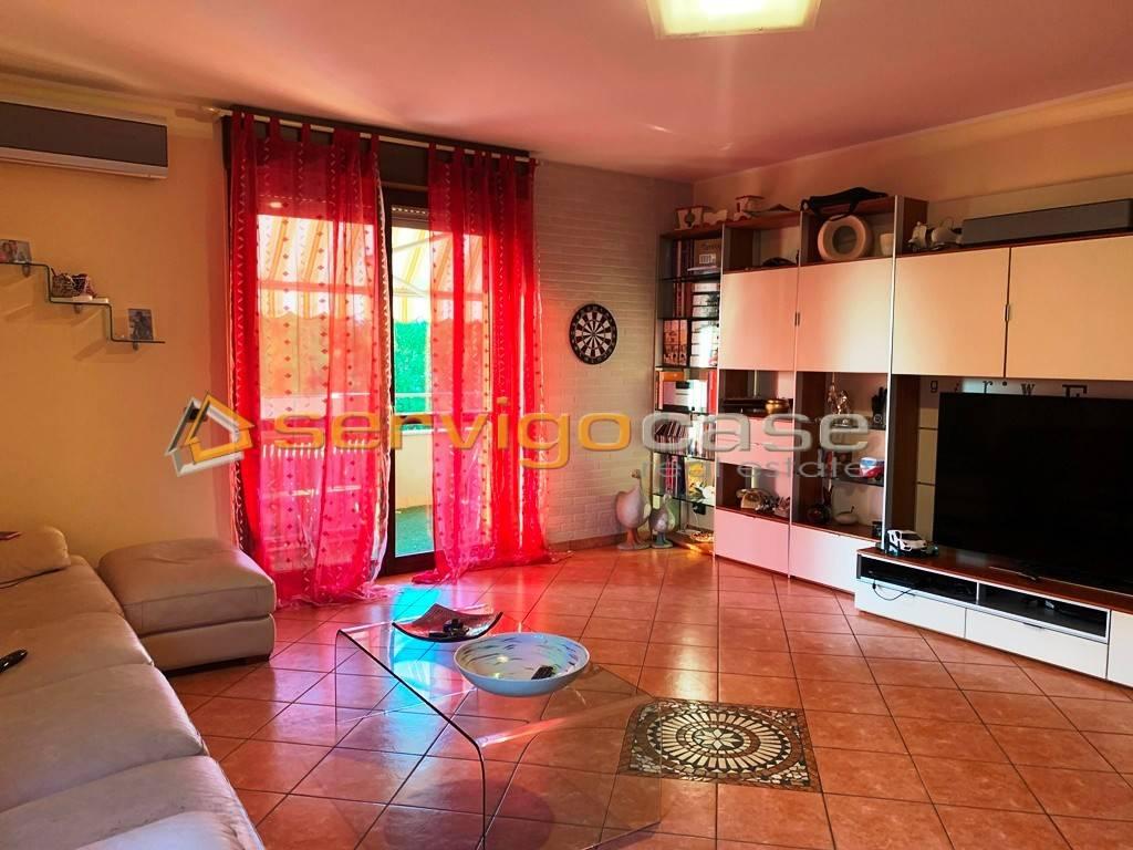 foto soggiorno 3-room flat via Cascina Bertacca, Bubbiano