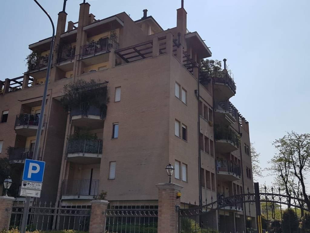 foto  Bilocale via Andrea Vochieri 15, Milano