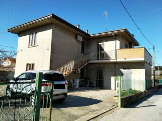 Photo - Detached house via Ancona 5, Porto Tolle