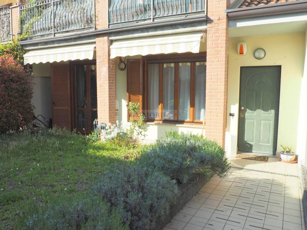 foto FACCIATA 3-room flat via Don Luigi Orione, Trezzo sull'Adda