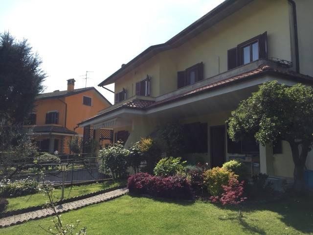 foto  Villa bifamiliare via 8 Marzo, Zelo Buon Persico