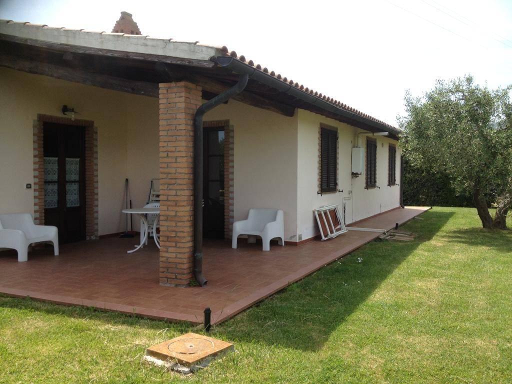 foto  Villa bifamiliare, ottimo stato, 140 mq, Castiglione della Pescaia