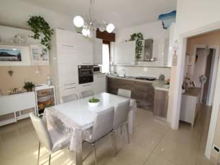 Foto - Appartamento ottimo stato, primo piano, Borgo Roma, Verona