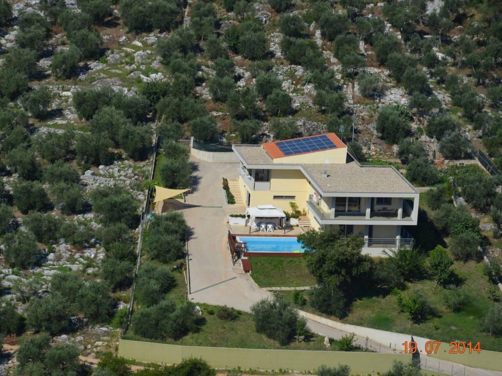 foto  Villa unifamiliare via San Davino, Priverno