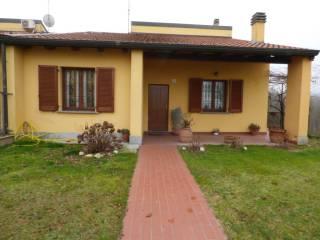 Foto - Villa a schiera frazione Paolone, Paolone, Zenevredo