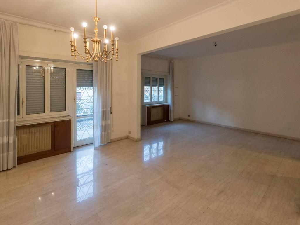 foto  Appartamento da ristrutturare, primo piano, Roma
