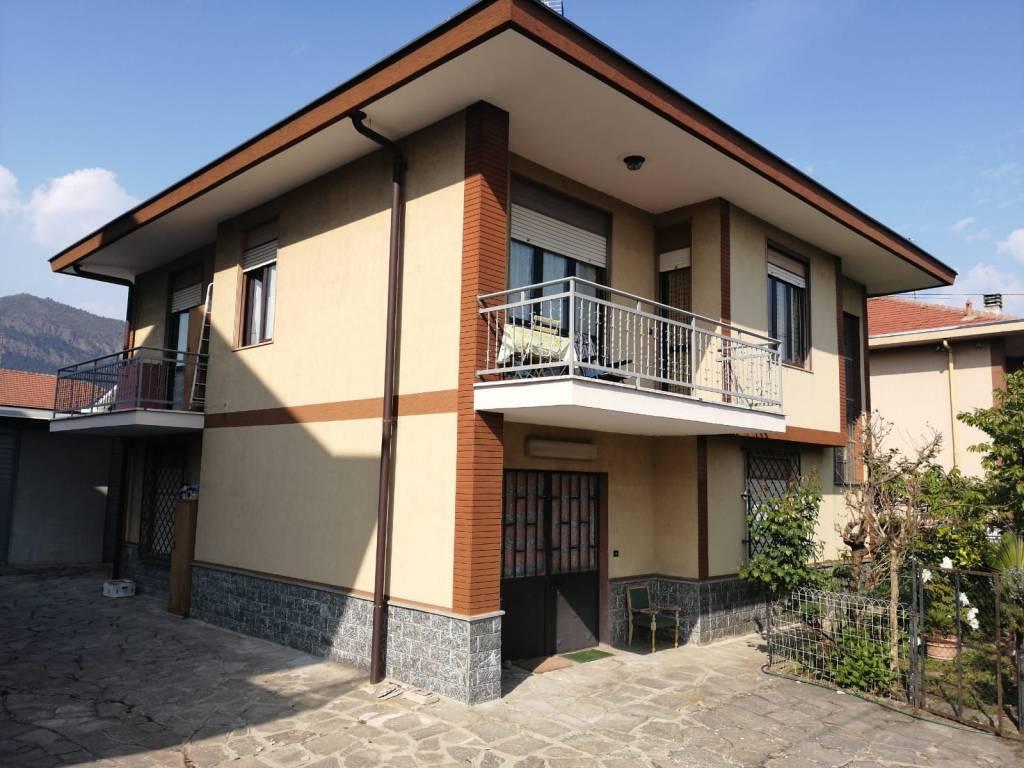 foto  Single family villa via ugo foscolo, Bruino