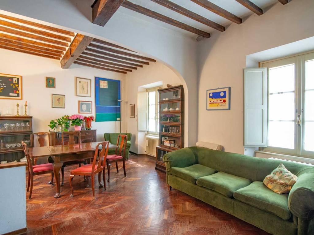 Agenzie Immobiliari Arezzo vendita appartamento in via de' montetini. arezzo. buono