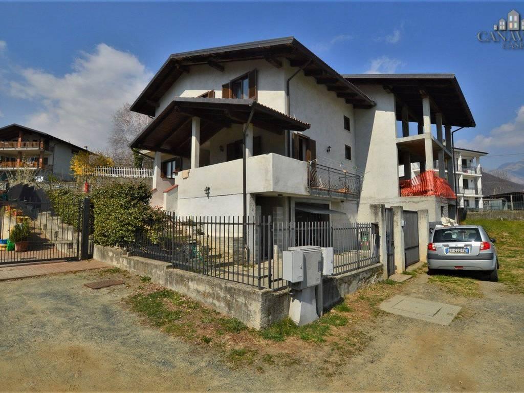foto facciata Detached house via Longora 14, Issiglio