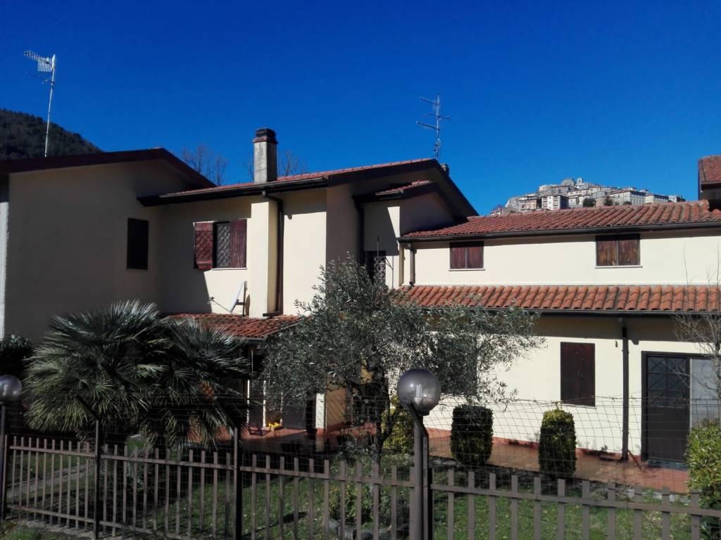 foto Esterno Villa bifamiliare via Sezze 62, Bassiano