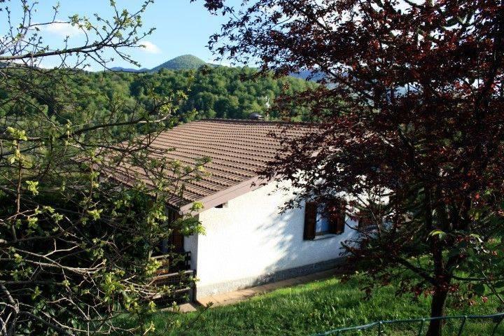 foto  Villa unifamiliare via 4 Novembre 19, Alta Valle Intelvi