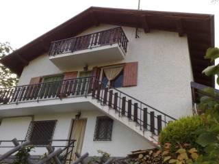 Foto - Villa plurifamiliare frazione Abaz 21, Challand-Saint-Victor