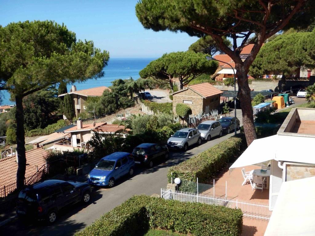 foto  Villa a schiera via Monte Bianco 36, Castiglione della Pescaia