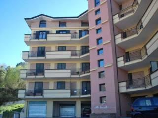 Foto - Trilocale via Giosuè Carducci 25, Chiusano di San Domenico