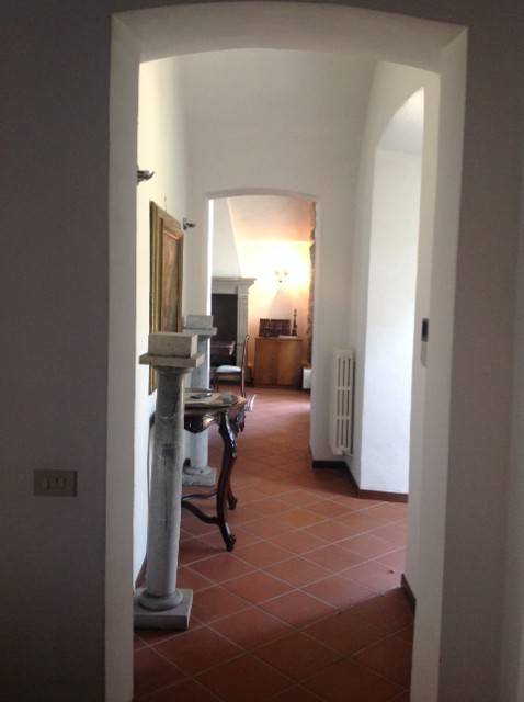 foto  Farmhouse, excellent condition, 450 sq.m., Ponte San Pietro