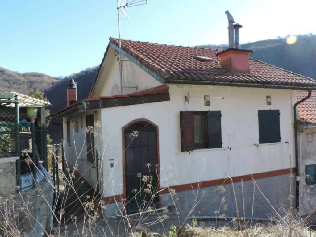 foto casa semindipendente Single-family townhouse via dolo, Bargagli