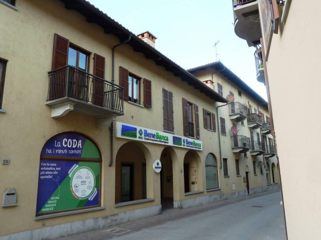 foto esterno Apartment via Umberto I 61, Piasco