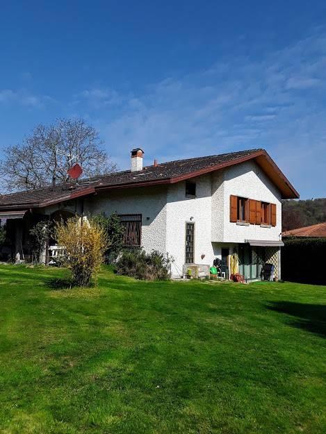 foto  Villa unifamiliare via Piave 17, Brinzio