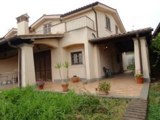 Case in vendita a poggio delle ginestre trevignano romano for Case in vendita trevignano romano