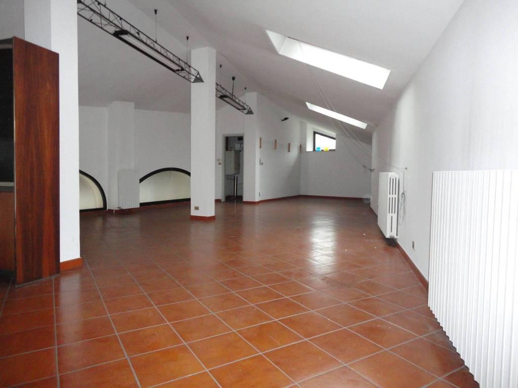 foto STUDIO Ufficio in Affitto a Pinerolo