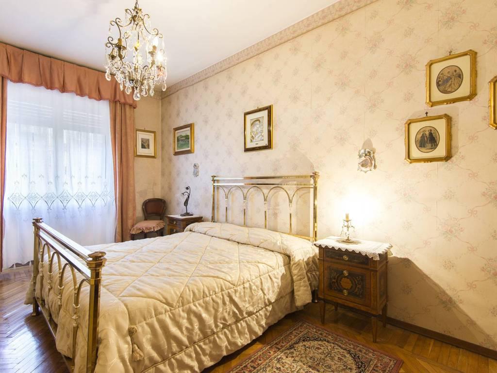 foto Camera da letto Quadrilocale via Tunisi 63-6, Torino