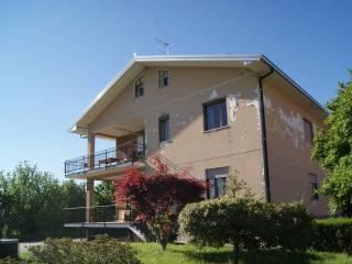 Foto - Appartamento via Fiorano, Loranzè