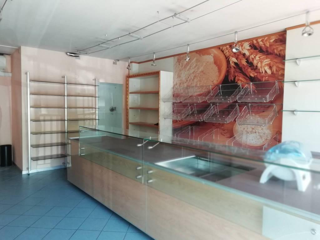 foto negozio Negozio in Affitto