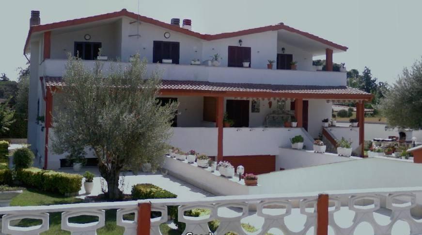 foto  Villa all'asta via degli Eucalipti 13A, Aprilia