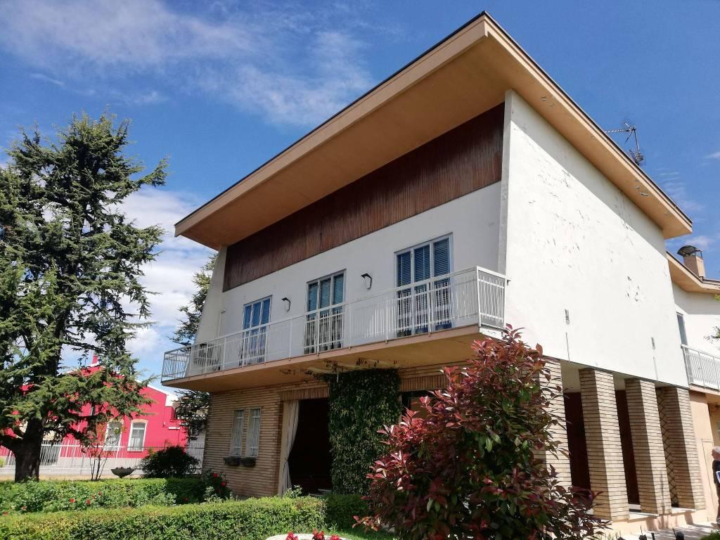 foto  Single family villa viale 25 Aprile 17, Bozzolo