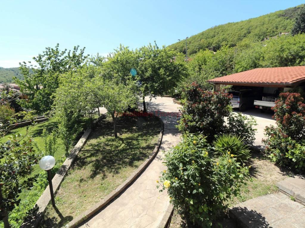 foto esterno Two-family villa via Giuseppe Tassi 12, Tolfa