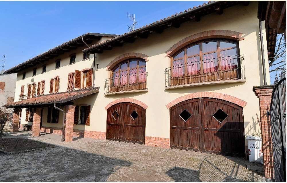 foto  Country house via cornale, 18, Magliano Alfieri