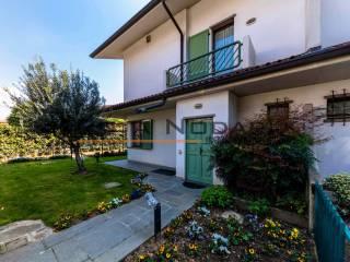 Photo - Two-family villa via Pietro Micca, Canovine, Bergamo