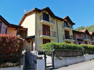 Foto - Bilocale via Rossaga 18, Cuasso Al Piano, Cuasso al Monte