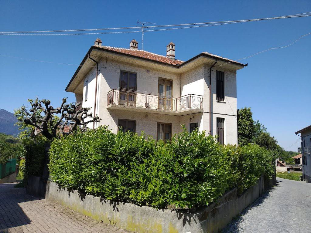 foto  Two-family villa via Stazione 25, Buttigliera Alta