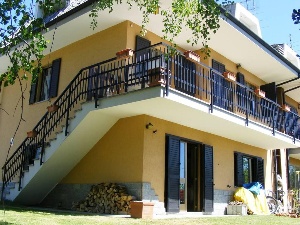 foto  Multi-family villa via Collaretto, Prarostino