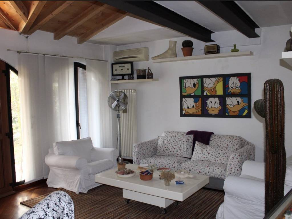 foto  Multi-family villa via Tommaso Grossi 48, Trezzano sul Naviglio